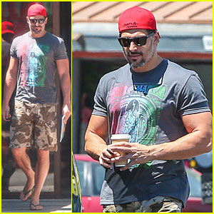 Joe Manganiello Tries to Camouflage Himself at Lunch