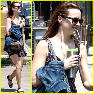Even Leighton Meester Uses Uber to Get Around New York City!