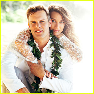 The Following's Natalie Zea Marries 'Scrubs' Alum Travis Schuldt!
