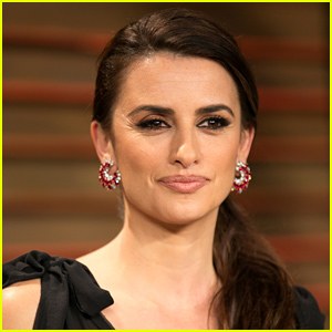 Penelope Cruz Clarifies Statements Made About Israel: 'I'm Not an E