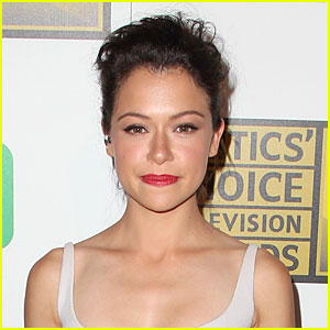 'Orphan Black' Star Tatiana Maslany Gets Standing Ovation at Comic-Con!