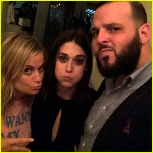 Amy Poehler Reunites with Mean Girls' Janis Ian & Damian!