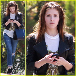 Is Anna Kendrick Dating 'Drinking Buddies' Cinematographer Ben Richardson?