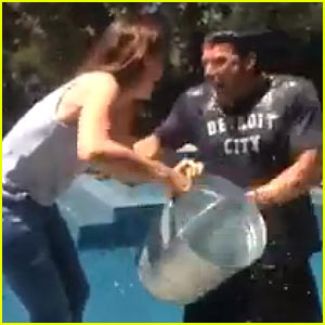 Ben Affleck & Jennifer Garner Do Ice Bucket Challenge Together!
