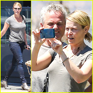 Chelsea Handler Sets Date for First Netflix Comedy Special!