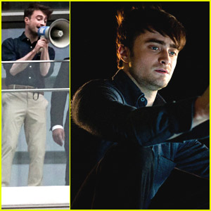 Daniel Radcliffe Talks to Fans with a Megaphone in Mexico