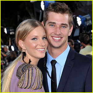 23c6ba626de Glee s Heather Morris Reportedly Engaged to Taylor Hubbell!