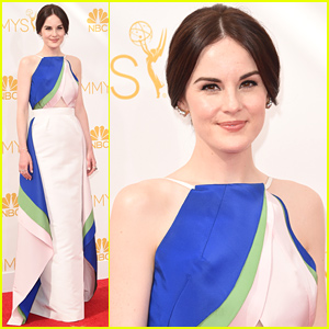 Michelle Dockery Is Simply Chic in Rosie Assoulin at the Emmys 2014