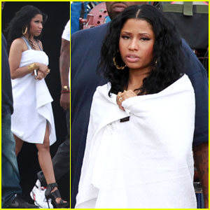 Nicki Minaj Films New Music Video with Juicy J - See the Pics!