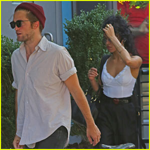 Robert Pattinson Spends Time with Tom Sturridge & FKA twigs