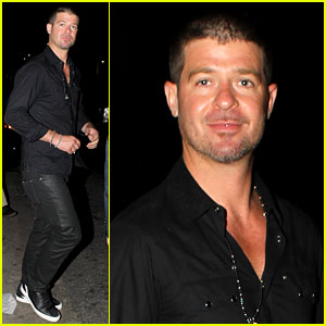Robin Thicke Hung Out at the Club with Kendra Wilkinson