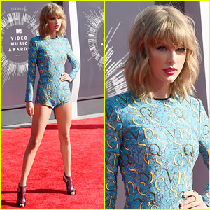 Taylor Swift Wears Tiny Romper to Display Super Long Legs at MTV VMAs 2014!