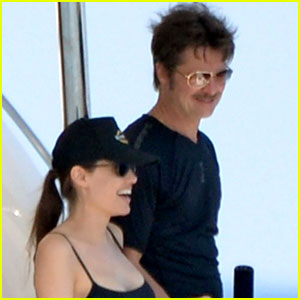 Angelina Jolie & Brad Pitt Lounge Out on the Sea in Mal