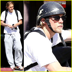Charlie Hunnam Had a Nervous Breakdown Over 'Fifty Shades'