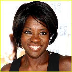 Fans Outraged at New York Times for Calling Viola Davis 'Less Classically Beautiful'