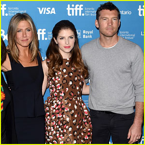 Jennifer Aniston Is Getting Major Oscar Buzz for 'Cake'!
