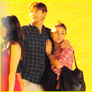 Mila Kunis & Ashton Kutcher Show Some Love After Dinne