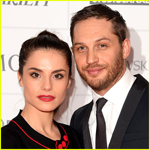 Tom Hardy & Charlotte Riley Secretly Married for Two Months? (Report)