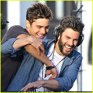 Zac Efron's Tickle Fest with Wes Bentley Is the Cutest Thing Ever!