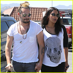 Pregnant Zoe Saldana & Husband Marco Perego Shop For Bigger Car Before Twins' Birth