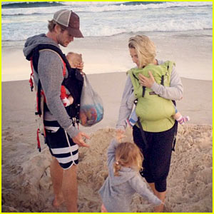 Chris Hemsworth Hits the Beach with His Wife & Kids! (Photo)