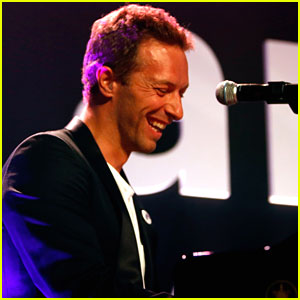 Chris Martin Gets Called 'Father of the Year' By Ex Gwyneth Paltrow at amfAR Gala!
