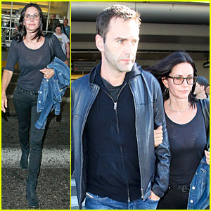 Courteney Cox & Fiance Johnny McDaid Jet To L.A. After Romantic Weekend in NYC