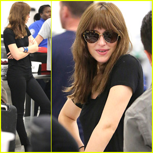 Dakota Johnson Presumably Heads to Vancouver for 'Fifty Shades of Grey' Reshoots