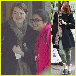 Emma Stone Says Josh Groban is 'Dynamite Kisser'