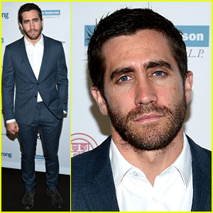 Jake Gyllenhaal Will Act Alongside Ruth Wilson on Broadway!