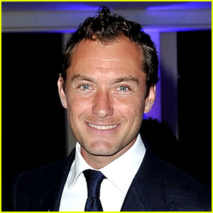 Jude Law Expecting Fifth Child with Ex Catherine Harding!