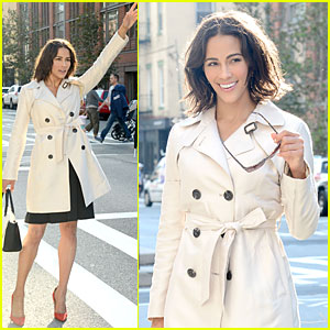 Paula Patton Looks Happy to Be New Face of 'Ellen Tracy'