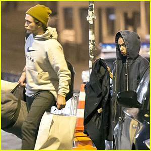 Robert Pattinson & FKA twigs Enjoy Shopping in Paris Together