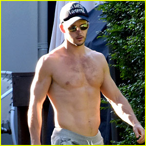 Ryan Kwanten Shows Off Amazing Shirtless Body in Australia