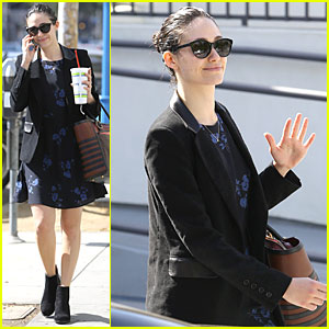 Emmy Rossum Deserves Vote For 'Favorite Cable TV Actress' at People's Choice Awards 2015