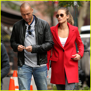 Who is derek jeter dating in Sydney