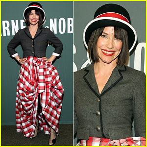 Evangeline Lilly Chooses a Very Interesting Costume For Her Book Signing