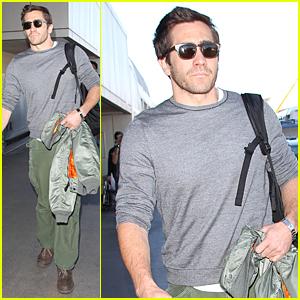 Jake Gyllenhaal Talks Lack of Sex Scenes in 'Nightcrawler'