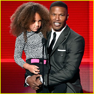 Jamie Foxx Brings Adorable Daughter Annalise to American Music Awards 2014