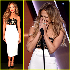 Jennifer Lopez Flubs Her Speech at Hollywood Film Awards 2014 (Video)