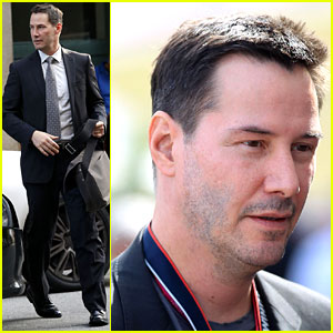 Keanu Reeves Is Clean-Shaven Once Again!