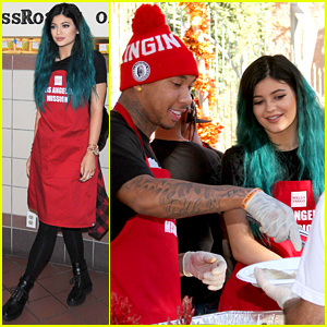 Rumored Couple Kylie Jenner & Tyga Did Some Charity Work Feeding the Homeless Before Thanksgiving