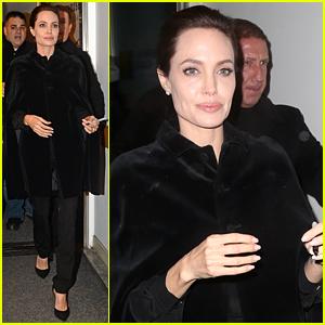 Angelina Jolie Can Make 200 Men 'Shut Up & Stand Still'