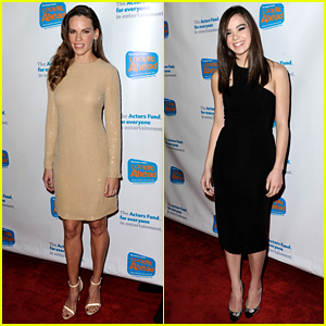 The Homesman's Hilary Swank & Hailee Steinfeld Look Ahead to Awards Season!