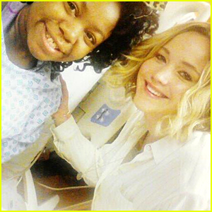Jennifer Lawrence Visits a Chil