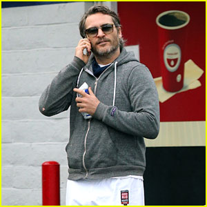 Joaquin Phoenix Gets Support From Jessica Chastain & Kate Mara in His Rally Against Walmart