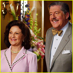 Lauren Graham & Kelly Bishop Remember Their 'Gilmore Girls' Co-Star Edward Herrmann After His Tragic Death