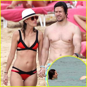 Mark Wahlberg Flashes Butt to Wife Rhea Durham in the Ocean!
