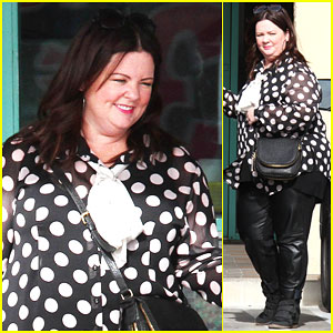 Melissa McCarthy Spends Christmas Eve with Her Family &#03