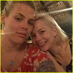 Michelle Williams & Busy Philipps Are BFFs on Vacation!